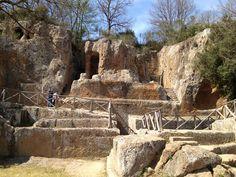 Vie Cave around Pitigliano [Photo Credits: Barbara Bueno] : here we are in the Ildebrando Tumb