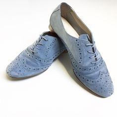 Derbies Éram en daim bleu Eram ! Taille 37  à seulement 35.00 €. Par ici : http://www.vinted.fr/chaussures-femmes/derbies/25524045-derbies-eram-en-daim-bleu.