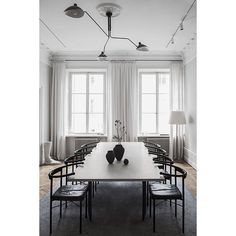 "161 Synes godt om, 3 kommentarer – An Interior Affair (@an.interior.affair) på Instagram: ""Dining room inspiration courtesy of @liljencrantzdesign Love the simple and clean lines of the…"""