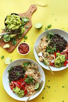 DELICIOUS CAULIFLOWER RICE Burrito Bowl! So easy, healthy, and full of fiber and protein!