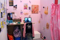 Liv Thurley's studio space
