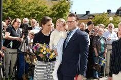 MYROYALS &HOLLYWOOD FASHİON: Princess Estelle ,Duchess of Ostergotland visits her province