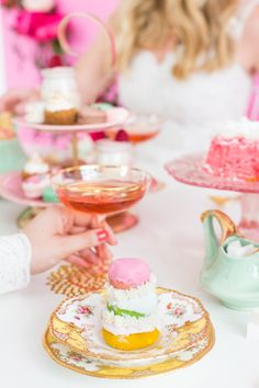 How to host a tea party with BHLDN inspired by The Grand Budapest Hotel! Shabby Chic Style, Bridal Shower Favors, Bridal Showers, Baby Showers, Garden Party Cakes, Grand Budapest Hotel, Afternoon Tea Parties, Festa Party, Decoration Table