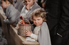 20-03-06_Elsebé_Stijn_RAW-StefanieFiegl-734A4266 Wicker Baskets, Straw Bag, Marriage Anniversary, Wedding Bride, Woven Baskets