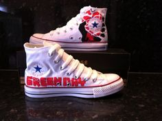 Green day converse! Love this band and shoes :)