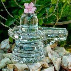 Know Your Hindu Religion: Spatikam (Quartz) Lingams in Tamil Nadu Shiva Temples