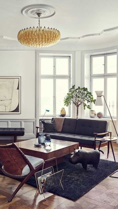 STOCKHOLM APARTMENT OF PROP STYLIST JOANNA LAVEN