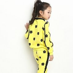Girl's Printed Clothing Sets(More Colors) - USD $ 28.37
