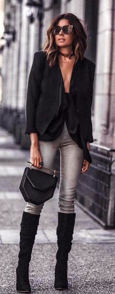 #spring #outfits  woman wearing black blazer and gray jeans. Pic by @world_fashion_styles