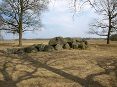 A Dolmen, a Neolithic tomb attributed to the Funnelbeaker Culture, near Eext, Drenthe, The Netherlands  - http://earth66.com/dolmen-neolithic-tomb-attributed-funnelbeaker-culture-near-eext-drenthe-netherlands/