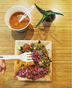 Bon appetit✌🏻️🍵🍅 #thefoodmaker #soup #saladfarm #madewithlove #greatfoodforgreatpeople #healthyfood #foodie #brussels #vilvoorde #antwerp