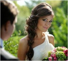Coiffure mariage : ♥Gorgeous wedding hair style ♥ - wedding and engagement photo Side Swept Hairstyles, Bride Hairstyles, Down Hairstyles, Pretty Hairstyles, Wedding Hairstyles Side, Brunette Wedding Hairstyles, Hairstyles 2016, Wedding Makeup For Brunettes, Wedding Hair And Makeup