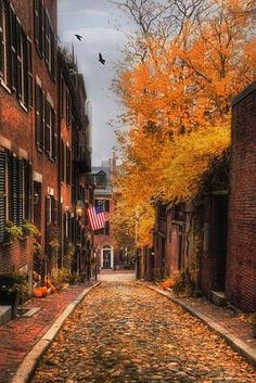 These fall getaways are some of the best locations you can travel to around the world to see the fall foliage this autumn! Fall Photos, Fall Pics, Cute Fall Pictures, Beautiful Pictures, Fall Images, New England Fall, Autumn Scenes, Autumn Aesthetic, Cozy Aesthetic