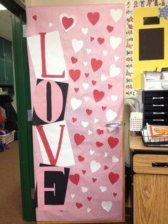 27 Creative Classroom Door Decorations for Valentine's Day Valentines Day Bulletin Board, Valentine Theme, Valentine Day Crafts, Diy Classroom Decorations, School Decorations, Valentines Day Decorations, Creative Valentines Day Ideas, Creative Ideas, Valentines Bricolage