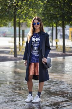 Today's London Fashion Week street style is all about the new take on tailoring! #LFW