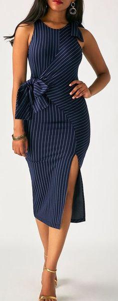 Tendencias en outfits color azul marino http://beautyandfashionideas.com/tendencias-en-outfits-color-azul-marino/ #Fashion #fashion2017 #fashionoutfits #Fashiontips #Outfits #Outfitsideas #Tendenciasenoutfitscolorazulmarino #trends2017