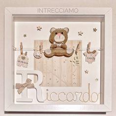 In provincia di Pordenone è finalmente arrivato (dopo un tour del nordest omaggio delle poste 😅🤨) il quadretto per Riccardo. Per lui il… Baby Ideas, Tour, Shower Ideas, Baby Gifts, Frames, Album, Paper, Crochet, Decor