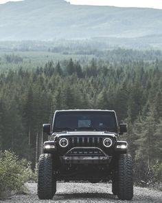 "Maddie | LilMissJeepHer on Instagram: ""Happy Monday y'all! RR6-H @relationsracewheels 40x13.5r17 @milestar.tires 4.5 inch lift @teraflexsuspension Smooth body 2.0 Shocks @fox…"" Jeep Trails, Cool Jeeps, Hot Blondes, New Adventures, Happy Monday, Monster Trucks, Fox, Around The Worlds, United States"
