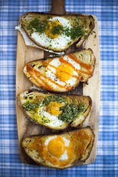 Hole in the bread eggs.With sweet chilli sauce,tomato sauce, pesto or herbs Egg Recipes, Brunch Recipes, Breakfast Recipes, Cooking Recipes, Healthy Recipes, Breakfast Ideas, Brunch Ideas, Breakfast Toast, Toast Ideas
