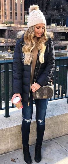 nyc winter outfits Trendy Fashion Winter Nyc H - winteroutfits Winter Outfits Warm Casual, Winter Outfits For Teen Girls, Winter Dress Outfits, Winter Outfits For Work, Cute Fall Outfits, Winter Outfits Women, Winter Fashion Outfits, Autumn Winter Fashion, Dress Winter
