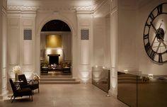 Public Hotel Chicago. Il nuovo lusso di Ian Schrager. Sobrio e senza troppi fronzoli.