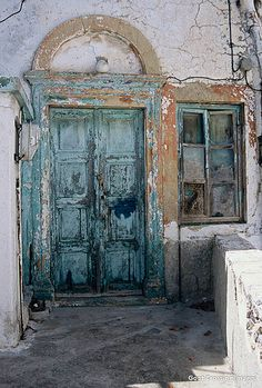 Weathered Door & Window in Chora Patmos.I would love to paint that on a canvas, Cool Doors, Unique Doors, Knobs And Knockers, Door Knobs, Old Windows, Windows And Doors, Entrance Doors, Doorway, Porte Cochere