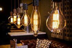 Calex Giant XXL LED filament lampen met E40 lampvoet en stoere industriele pendel