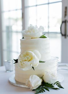 Nautical wedding cake idea - simple, two-tier wedding cake with textured frosting and white peonies {shoreshotz photography} country chocolat mariage cake cake country cake recipes cake simple cake vintage Nautical Wedding Cakes, Crazy Wedding Cakes, Elegant Wedding Cakes, Beautiful Wedding Cakes, Wedding Cake Designs, Wedding Cake Toppers, Trendy Wedding, Wedding Simple, Publix Wedding Cake