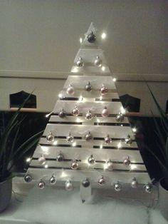 Kerstboom van plinten.