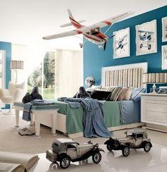 11 Teen Boys Bedroom Ideas.. Gavin isn't even close but its just ideas.