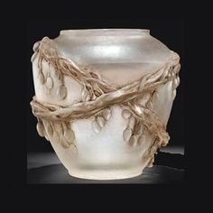 Sotheby's. René Lalique, Vase Baies de Cornouiller ('cire perdue' technique), sold for almost US 500,000