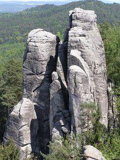 Prachovské skály Drake, Mount Rushmore, Garden Sculpture, Mountains, Outdoor Decor, Nature, Google, Naturaleza, Nature Illustration