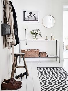 10 Snazzy Ways to Organize and Store Small Appliances - Cosy Interior. Best Scandinavian Home Design Ideas. The Best of home interior in Decoration Hall, Decoration Entree, Scandinavian Interior Design, Scandinavian Home, Modern Interior, Hallway Inspiration, Interior Inspiration, Design Inspiration, Hallway Decorating