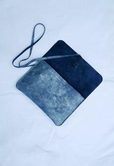 CUSTOMISED METALLIC LEATHER PORTFOLIO - IPAD MINI Leather Portfolio, Metallic Leather, Ipad Mini, Leather Briefcase