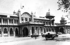PEOPLE OF INDIA PHOTOS: Old chennai-[madras city and madras state]- photo gallery-Chennai name originated in china-patna Chennai, Madras City, Heritage Railway, Annual Leave, Vintage India, India People, Luxor, Capital City, Southeast Asia