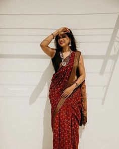 saree styles for farewell \ saree styles ` saree styles for farewell ` saree styles wedding ` saree styles modern ` saree styles for farewell modern ` saree styles for farewell teenagers ` saree styles classy ` saree styles for farewell classy Dress Indian Style, Indian Dresses, Indian Outfits, Indian Wedding Outfits, Sari Dress, The Dress, Indian Beauty Saree, Indian Sarees, Saree Poses