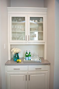 kitchen built-ins / color pop - Kitchen Pantry Cabinets Kitchen Built Ins, Kitchen Pantry Cabinets, Diy Cabinets, Kitchen Counters, White Cabinets, Cupboards, Kitchen Island, Modern Grey Kitchen, Gray And White Kitchen