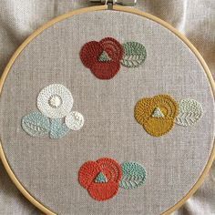 Embroidery works by Ironna Happa Embroidery Works, Embroidery Patterns Free, Hand Embroidery Stitches, Ribbon Embroidery, Machine Embroidery, Embroidery Designs, Broderie Simple, Diy Broderie, Japanese Embroidery