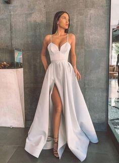 Pretty Prom Dresses, Grey Prom Dress, Grad Dresses, Dance Dresses, Ball Dresses, Elegant Dresses, Beautiful Dresses, Silver Prom Dresses, Mermaid Dresses