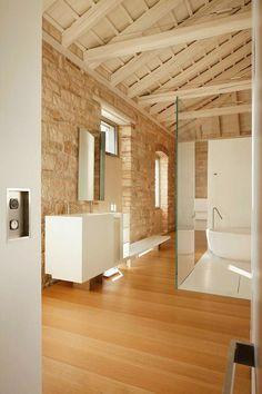 Italian architect and interior designer Giorgio Zaetta recently finished this amazing residence located in the Croatian city of Rovinj.
