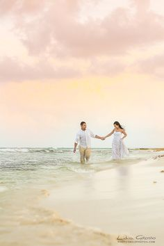 Valentin Imperial Maya Wedding Photographer, Wedding photography Cancun, Beach Weddings Cancun, Riviera Maya Wedding Photographer, Trash the dress sessions, Destination Wedding Photographer Cancun   www.photosmilephotos.com info@photosmilephotos.com  #cancunweddingphotographer #cancunweddingsphotography #rivieramayaweddings