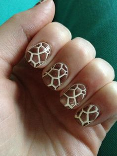 Im sure i have pinned this before but Giraffe nails