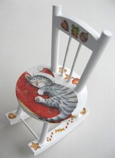Hand painted cat and decorated rocking chair is absolutely gorgeous. Hand Painted Chairs, Funky Painted Furniture, Colorful Furniture, Paint Furniture, Furniture Makeover, Furniture Chairs, Painted Benches, Painted Tables, Decoupage Furniture