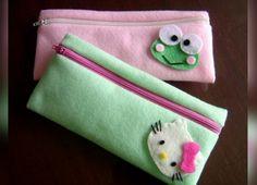 Diy Pencil Case, Pencil Boxes, Pencil Pouch, Felt Patterns, Sewing Patterns, Felt Crafts, Diy And Crafts, Diy Bow, Pen Case