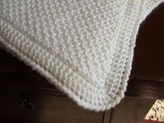 Smock Stitch Tunsian Blanket. Click the pattern link within to Mary Greaney's free Ravelry pattern.