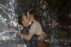 """Escena del film """"Love is now"""" estrenada en diciembre 4 del 2014 Eamon Farren y Clara Van der Boom"""