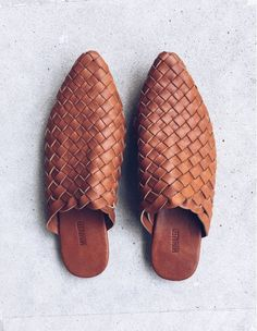 The Paloma handmade woven leather mule chestnut Diesel Boots, Dark Tan, Leather Mules, Crazy Shoes, Shoe Box, Shoes Sandals, Flats, Girls Shoes, Boho Fashion