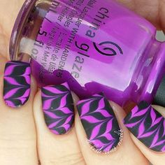 Gorgeous watermarble nails by @de.lish.ious.nails using Pure Color 7 watermarble tool from whatsupnails.com (link in bio...