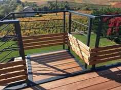 Terrace on stilts with breathtaking views of our magnificent BEAUJOLAI vineyard . Steep Backyard, Balcony Grill, Pergola Attached To House, Pergola Designs, Balcony Design, Rooftop, Facade Architecture, Modern Exterior, Landscape Design