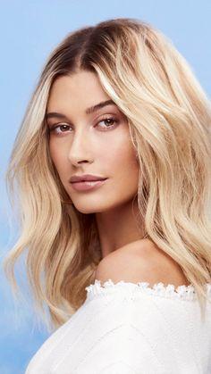 Estilo Hailey Baldwin, Hailey Baldwin Style, Wedding Hair Colors, New Hair Colors, Cut Her Hair, Hair Cuts, Hayley Bieber, Blonde Hair Looks, Hair Today